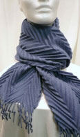 Italian crimped cashmere scarf - Item # AC0126